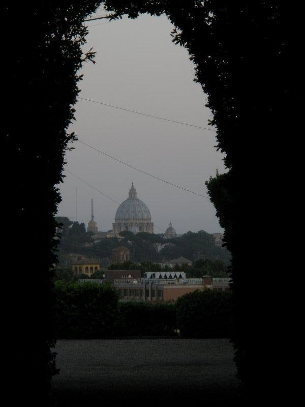 une vue sur le Vatican (pas par le trou) !